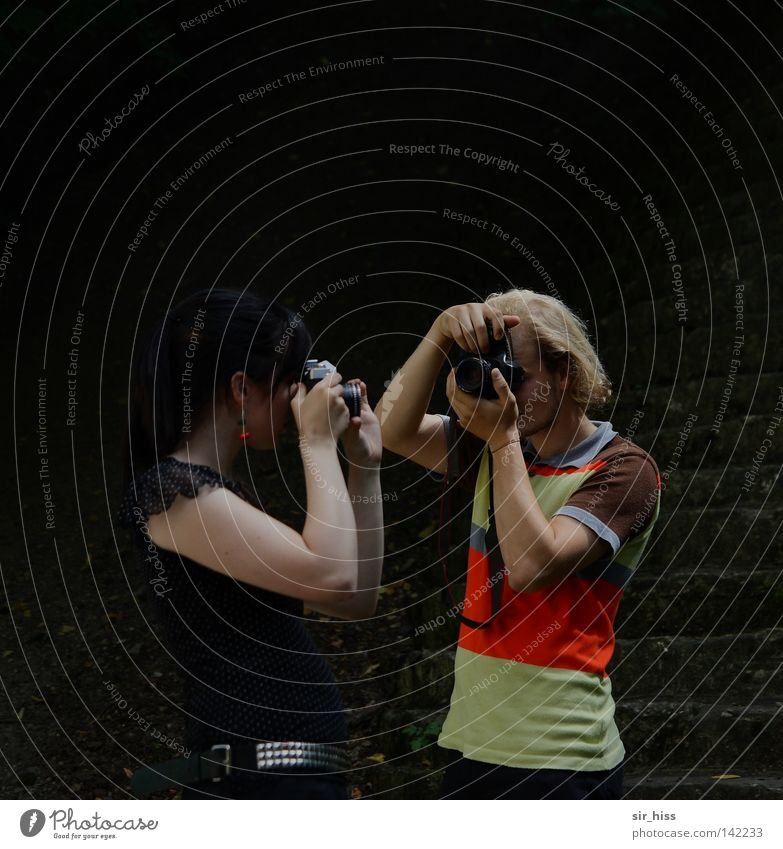 regardez-moi dans les yeux [Weimar 08] Freude Paar 2 klein paarweise Freizeit & Hobby analog Sportveranstaltung Fotograf erleuchten Fotografieren Treffer Konkurrenz Momentaufnahme Sucher Schuss
