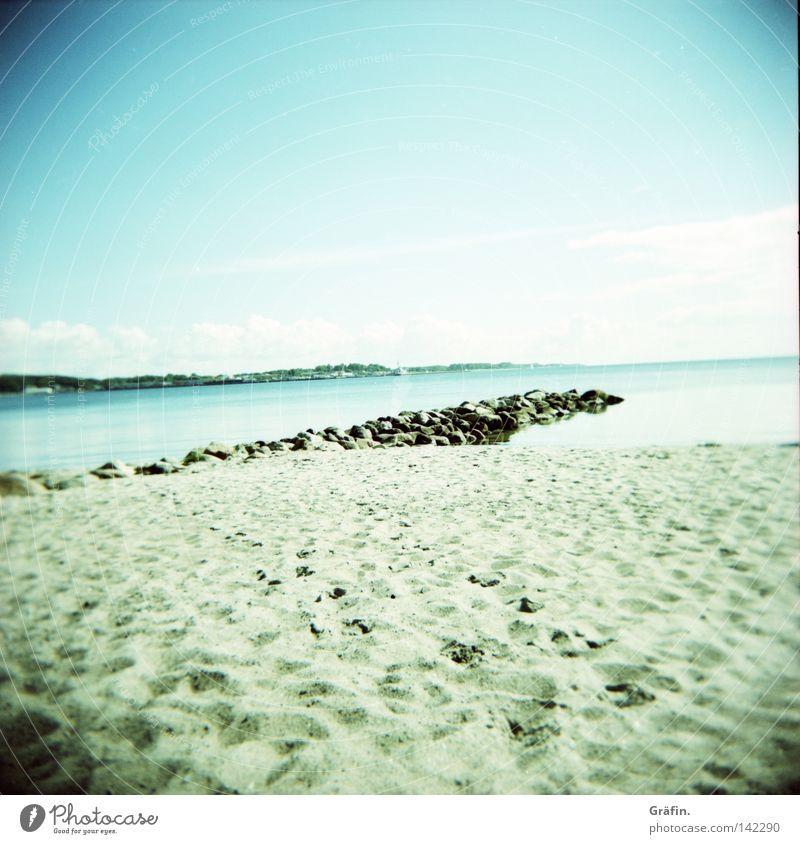 Ruhepunkt Wasser Himmel Sonne Meer blau Sommer Strand Ferien & Urlaub & Reisen Wolken Erholung Stein Sand Wellen Küste Horizont Aussicht
