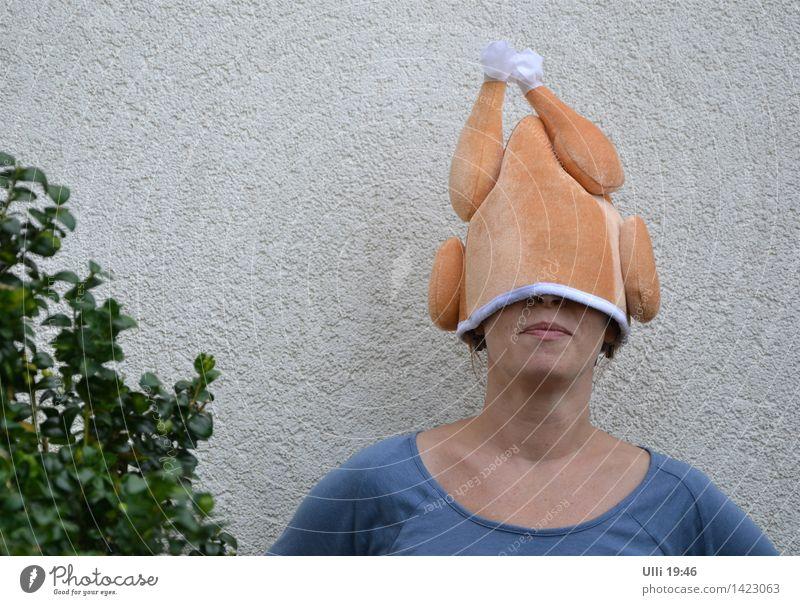 Der Broiler lebt! Mensch Jugendliche Junge Frau Freude Erwachsene lustig feminin Familie & Verwandtschaft Garten Kopf orange Freizeit & Hobby