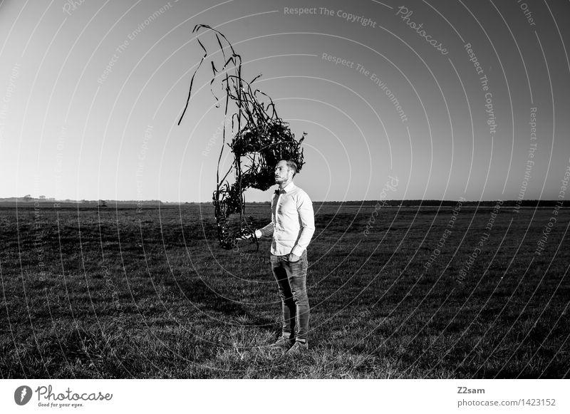Magie? Natur Jugendliche Junger Mann Landschaft dunkel Erwachsene Herbst Wiese Stil Lifestyle Mode träumen maskulin elegant Zukunft Schönes Wetter