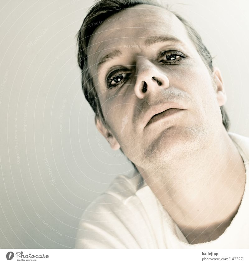 changes schön feminin Schminke Gesichtsausdruck direkt Mann Stolz selbstbewußt Identität Homosexualität 30-45 Jahre egoistisch herausfordernd provokant geschminkt Schwuler