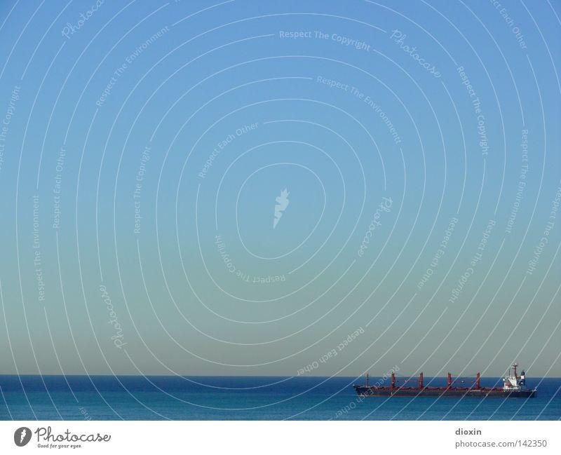 Far, far away Wasser Himmel Meer blau See Wasserfahrzeug Horizont Güterverkehr & Logistik Sehnsucht Schifffahrt Schönes Wetter Container Dunst Flut Ebbe Verkehrsmittel
