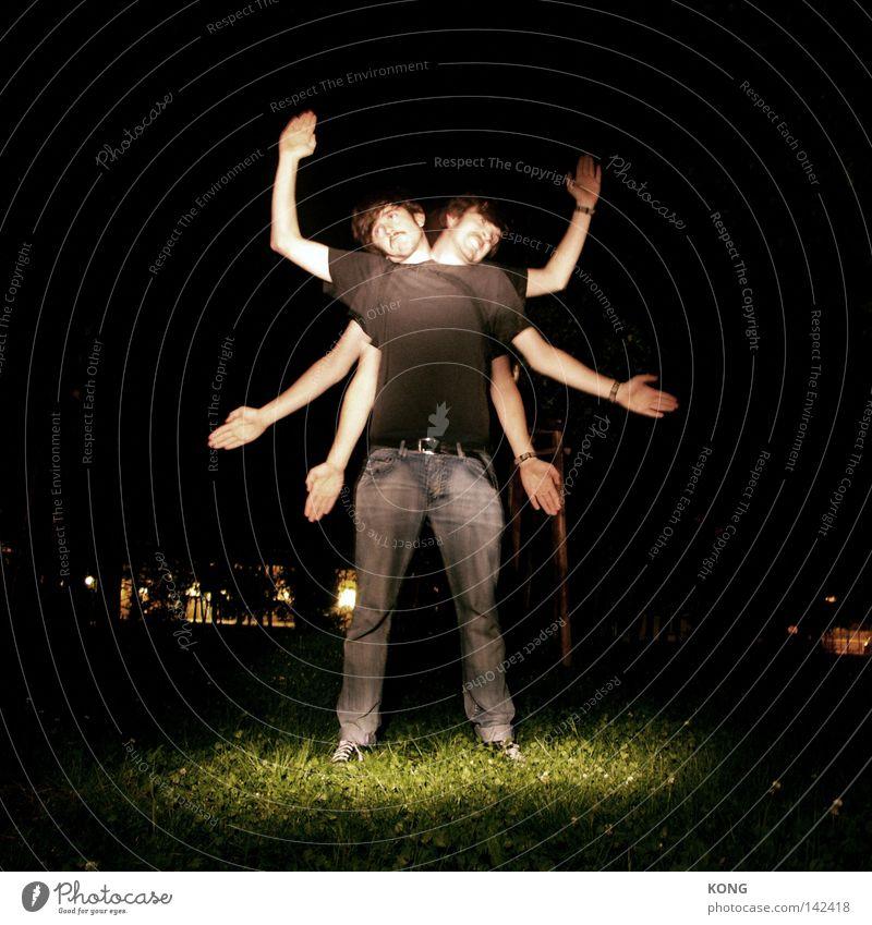 aktion mutante Mensch Hand dunkel Kopf China Gedanke Lampe Langzeitbelichtung Kraft Arme Beleuchtung Macht Insekt festhalten fantastisch