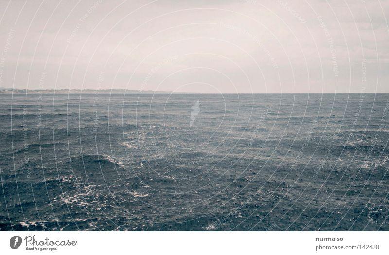 Obenuntenwasser Meer Wasserfahrzeug Regen Rascheln Blase fallen Falle Wassertropfen Tropfen nass Pudel See Wellen schlechtes Wetter Wetterschutz 100 feucht