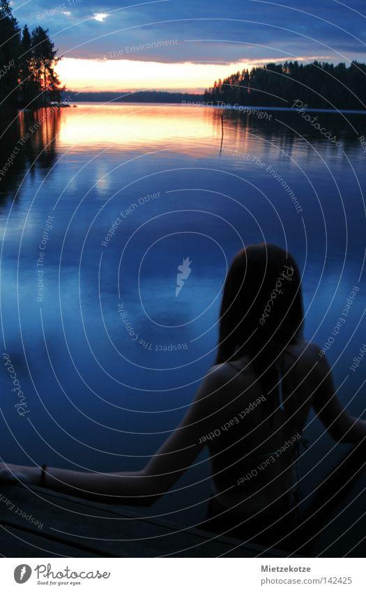 Seepferdchen Frau Wasser Ferien & Urlaub & Reisen Erholung See Rücken Sonnenaufgang Finnland