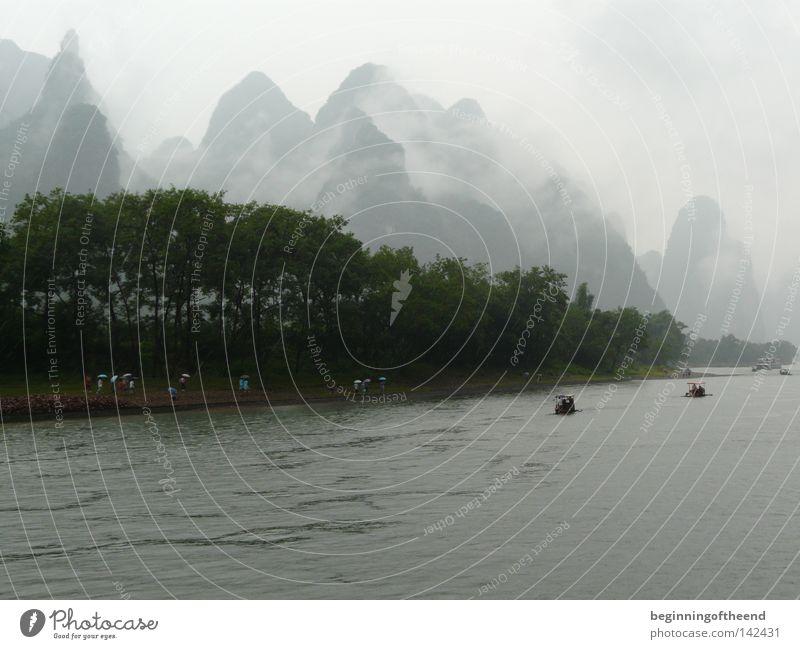 China Guilin Li River Lijang Fluss Nebel Wasser Landschaftsformen Natur Berge u. Gebirge Asien Bach mountains Fog Water