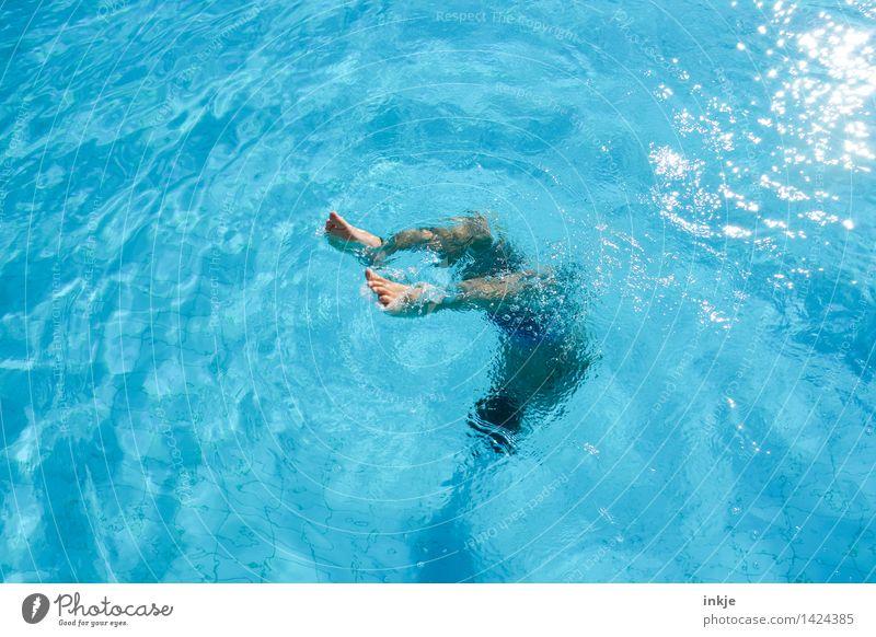 Linkskurve Mensch Kind Ferien & Urlaub & Reisen Jugendliche blau Sommer Wasser Junger Mann Freude Leben Bewegung Sport Lifestyle Spielen Schwimmen & Baden