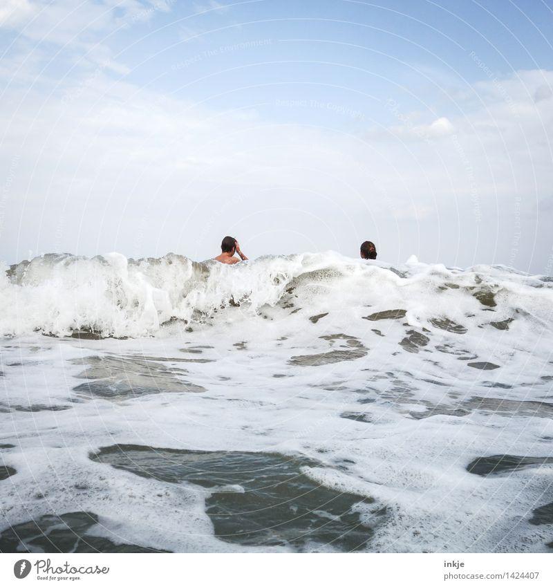 nächste Welle Lifestyle Freude Schwimmen & Baden Freizeit & Hobby Ferien & Urlaub & Reisen Sommer Sommerurlaub Strand Meer Wellen Mädchen Junge Geschwister