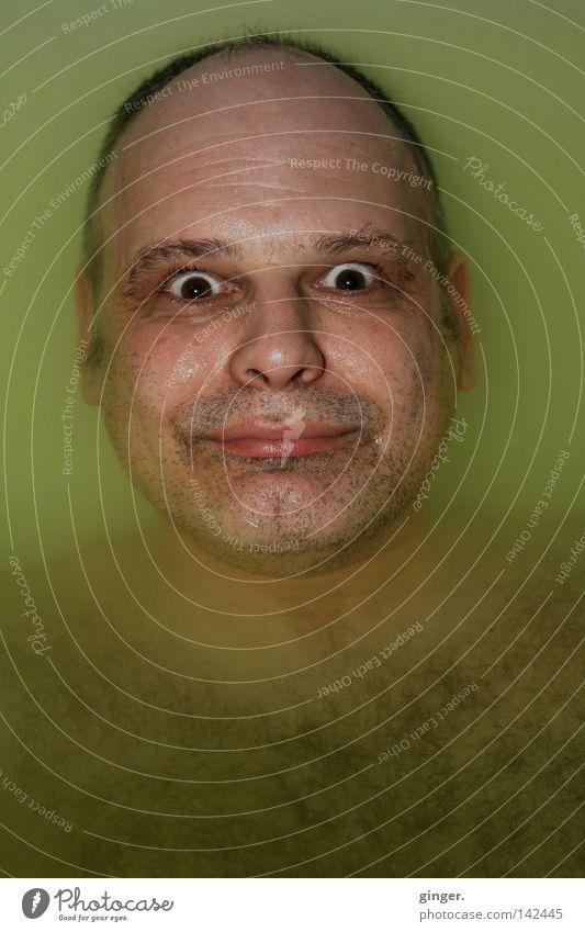 ~~ Wieder auftauchen ~~ Haare & Frisuren Gesicht Schwimmen & Baden Badewanne Mensch Mann Erwachsene Kopf Auge Nase Mund Wasser Dreitagebart lustig nass rund