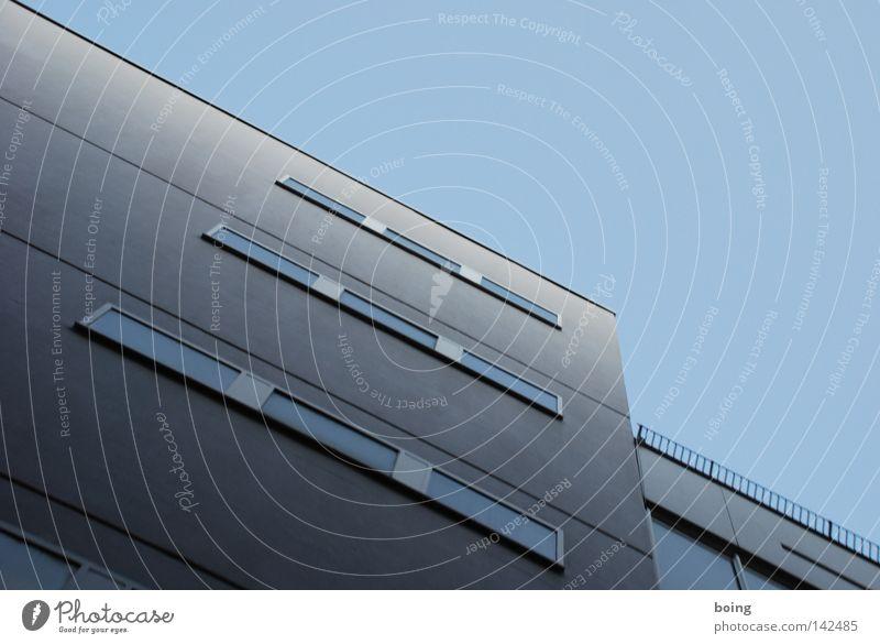 das engste Parkhaus zwischen Juliuspromenade und Neubaustraße Winter 3 modern Macht 4 5 8 6 7 Parkhaus
