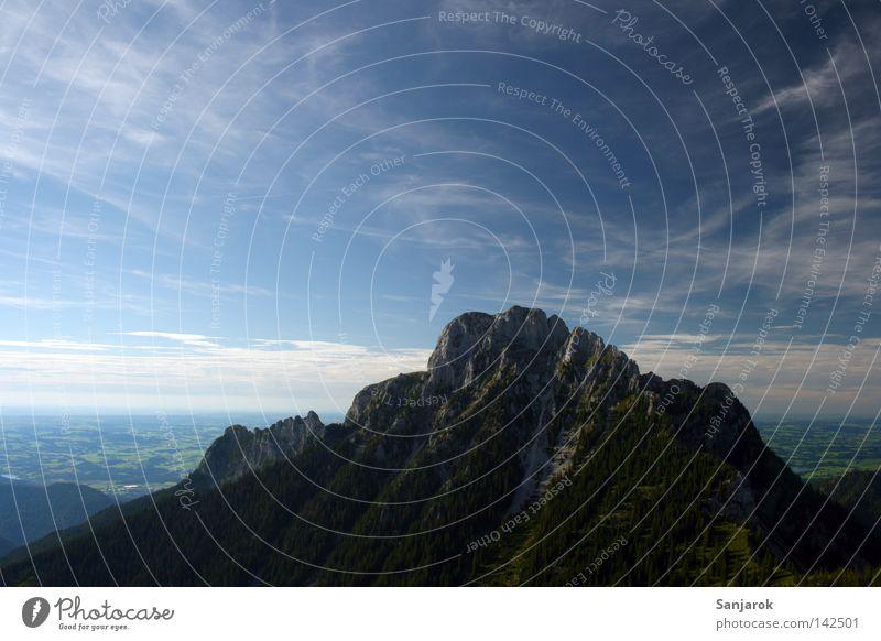 Himmelwärts, jauchzt das Herz.... *sing* Berge u. Gebirge Ebene Aussicht Gipfel Wolken Schönes Wetter Blauer Himmel fliegen Ferne driften Freude wandern Baum