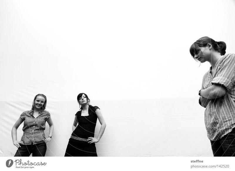 POSING Frau Freude Freizeit & Hobby Bekleidung Coolness Körperhaltung Model Beruf lässig Rock `n` Roll Rockabilly Projektionsleinwand Laufsteg
