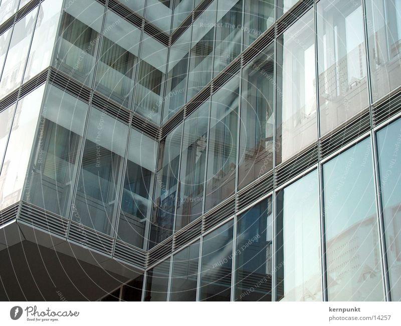 Spiegelkabinett Fenster Architektur Glas Hochhaus