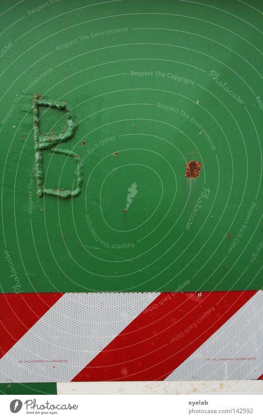 B - Ware Stahl grün rot weiß Sicherheit Müll Rest Bauschutt Schweißnaht Beule Typographie Buchstaben Zusammensein Reflektor rot-weiß Schriftzeichen