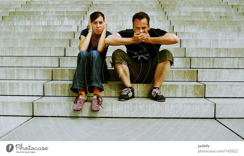 Bln 08   Fotografentreffen Mensch Frau Mann Sommer Gesicht Architektur Wärme Paar 2 Zusammensein sitzen maskulin Treppe außergewöhnlich verrückt Trauer
