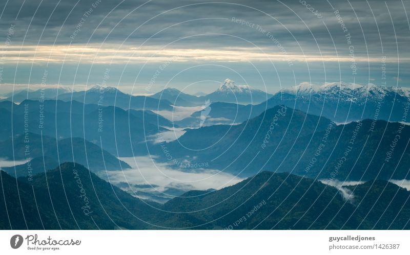 Morgens Natur Ferien & Urlaub & Reisen schön Erholung Landschaft Berge u. Gebirge Umwelt Freiheit Felsen Horizont Zufriedenheit Tourismus Freizeit & Hobby