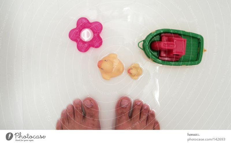 Duschparadies Fuß Wasserfahrzeug Reinigen Bad Wellness Kunststoff Spielzeug Ente Waschen Barfuß Haushalt Alltagsfotografie Badeente Unter der Dusche (Aktivität)