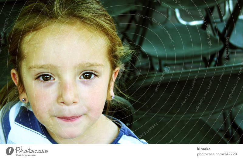 Ximena Mädchen Auge Gesicht Mexiko Gefühle Haare & Frisuren Kind Lomografie Trauer Verzweiflung Cross Processing trist Stühle Behaarung Blick Kimako