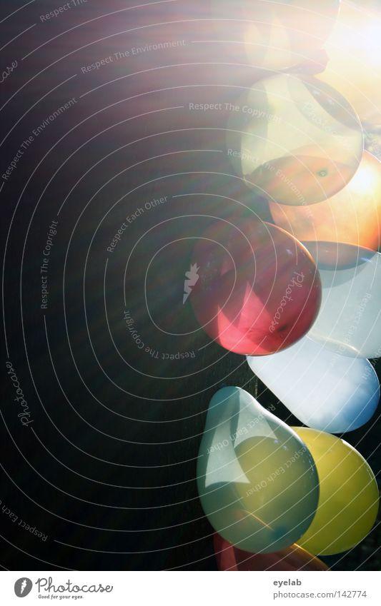 """""""OOO"""" Baum Gummi Holz Luft Füllung Sonnenlicht Sonnenstrahlen Licht Reflexion & Spiegelung Lichtfleck blenden Gegenlicht grell mehrfarbig Spielzeug Party"""
