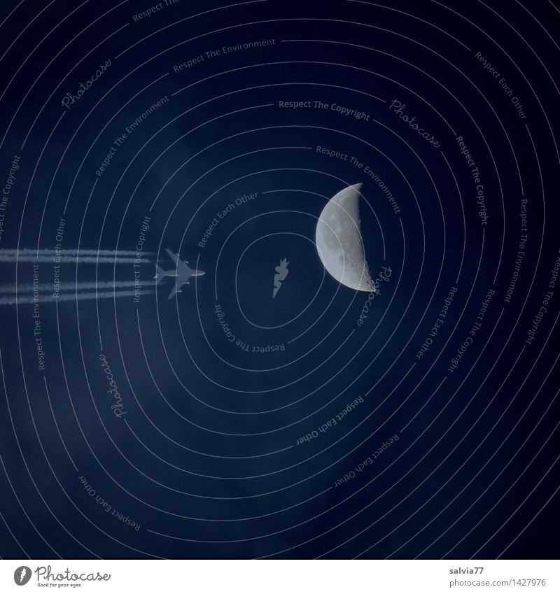 Dark Side Of The Moon Himmel Ferien & Urlaub & Reisen blau Sommer Ferne Freiheit fliegen träumen Tourismus Luftverkehr Energie Geschwindigkeit Schönes Wetter
