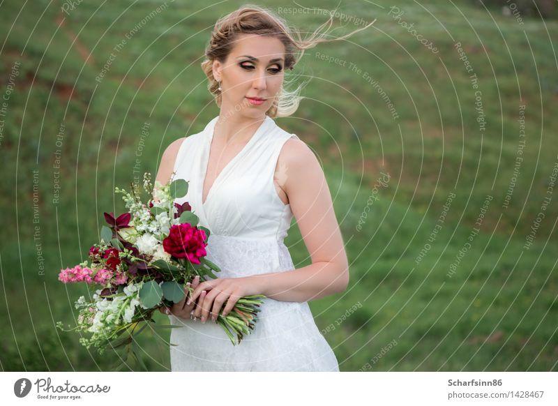 Braut, Hochzeit, Boho Mensch Jugendliche grün schön ruhig Freude Gesicht Leben Liebe feminin Stil Glück Lifestyle Stimmung rosa Design