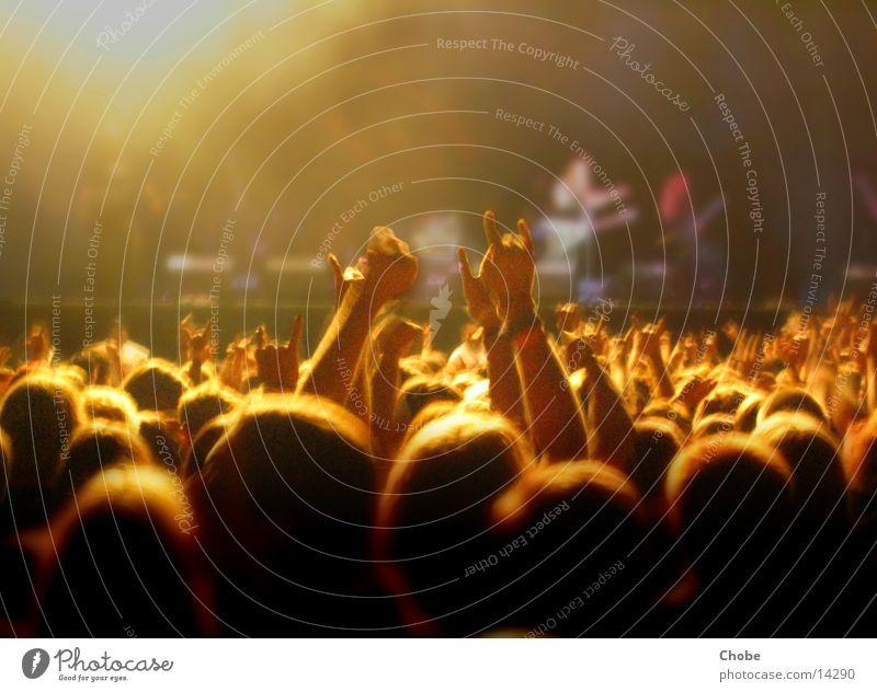 Metal will never die! >:O Konzert live Licht Angst Stimmung Mensch Schnur Open Air Scheinwerfer Headbangen Feste & Feiern Tanzen