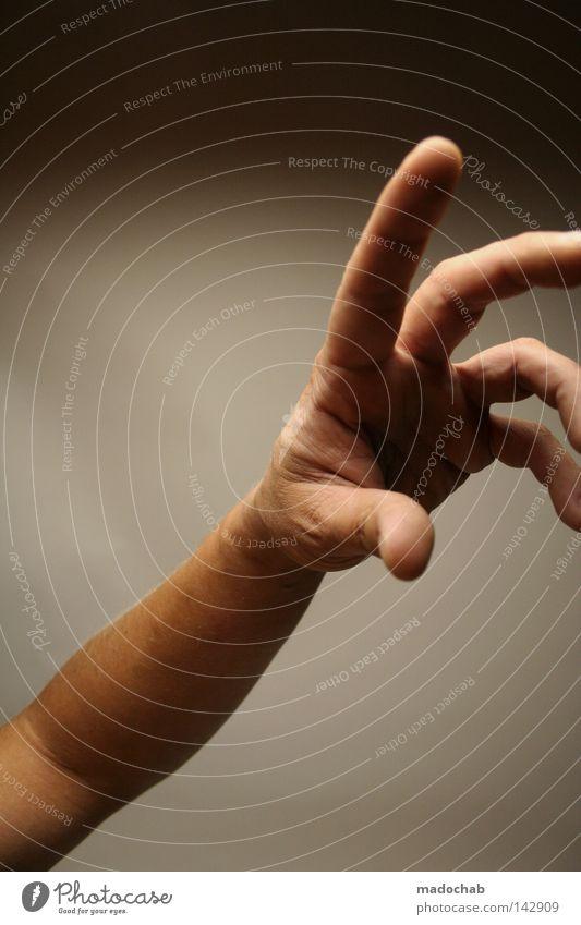 begreifen Hand Gier Finger deuten gestikulieren Erreichen Griff Mann Daumen nehmen berühren Angriff attackieren erste Bewegung Kommunizieren Sportveranstaltung