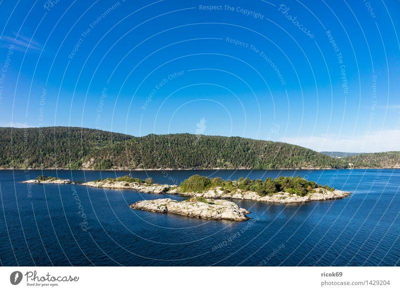 Inseln im Oslofjord Erholung Ferien & Urlaub & Reisen Natur Landschaft Wasser Wolken Baum Wald Felsen Küste Fjord Sehenswürdigkeit Stein blau grün Idylle