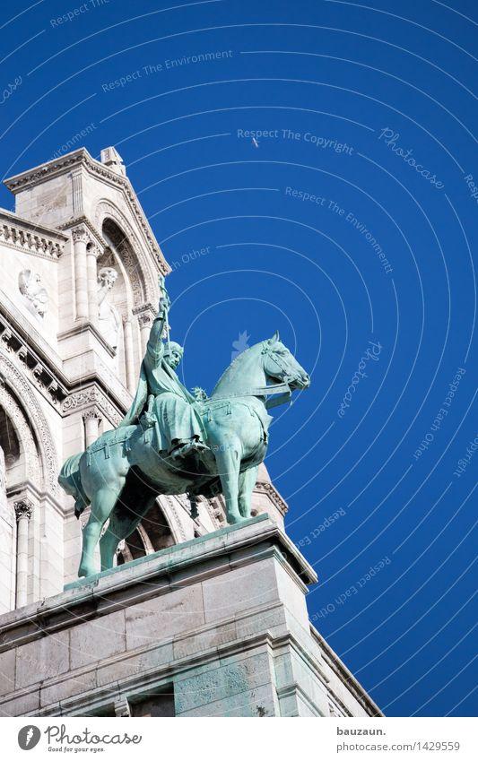 i. Ferien & Urlaub & Reisen Tourismus Ausflug Sightseeing Städtereise Sommer Kunst Kunstwerk Skulptur Architektur Kultur Himmel Wolkenloser Himmel Paris