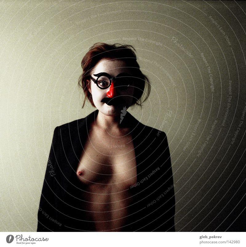 Mensch Frau alt Farbe Erwachsene Haare & Frisuren Akt Behaarung Nase Bekleidung Brille einzeln Frauenbrust Müll Maske Karneval