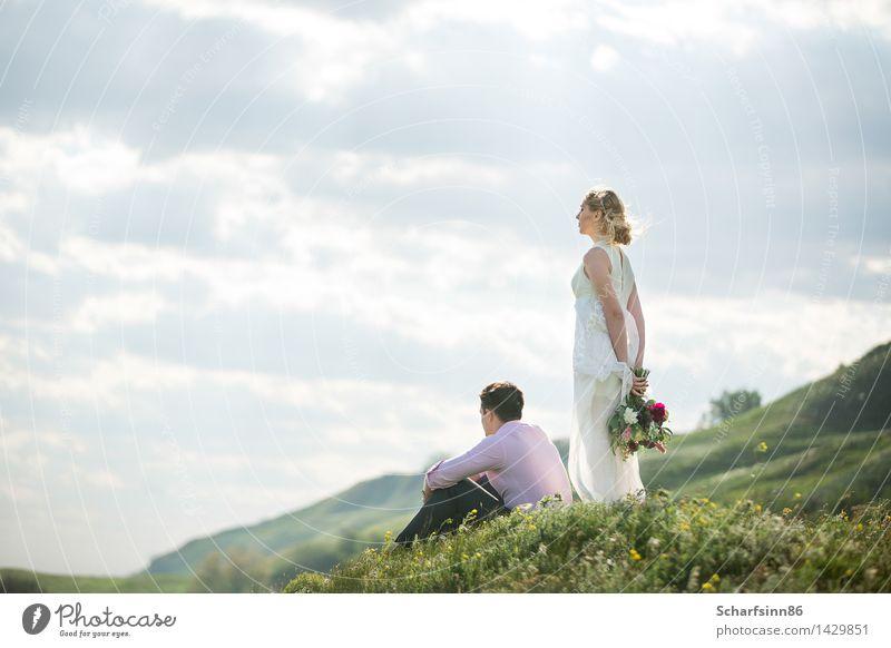 Mensch Ferien & Urlaub & Reisen Jugendliche grün schön weiß Sonne Freude 18-30 Jahre Berge u. Gebirge Erwachsene feminin Glück Familie & Verwandtschaft Paar rosa