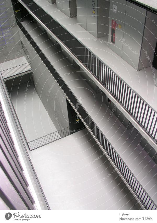 a3 grau Architektur Beton Stahl Etage Geländer