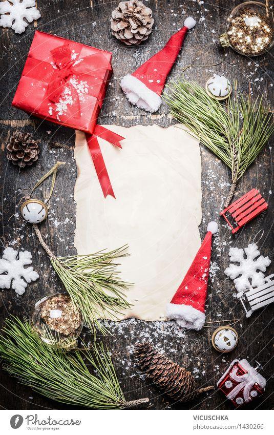 Weihnachtsgeschenk und Deko um leere Blatt Papier Weihnachten & Advent Haus Freude Winter Stil Hintergrundbild Glück Feste & Feiern Party Design Dekoration & Verzierung leer retro Papier Postkarte Veranstaltung