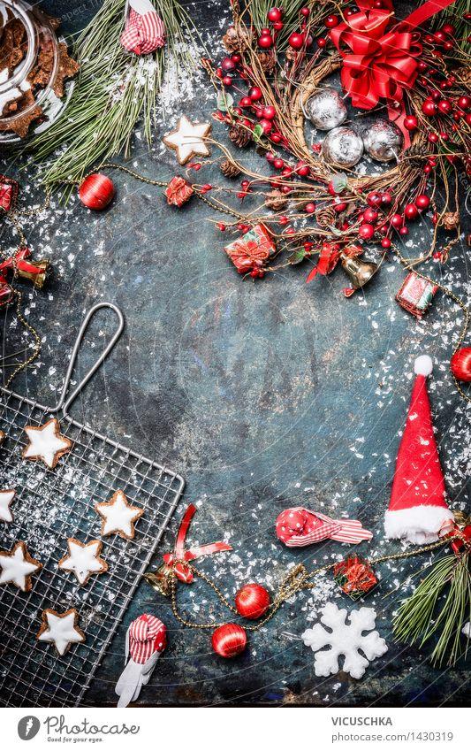 Weihnachtskarte mit Winterschmuck, Plätzchen , Schnee und Kranz Stil Design Freude Glück Dekoration & Verzierung Veranstaltung Feste & Feiern