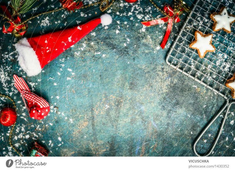 Weihnachtsmannmütze mit Winter Dekoration und Plätzchen Weihnachten & Advent Schnee Stil Hintergrundbild Feste & Feiern Party Vogel Design retro Stern (Symbol)