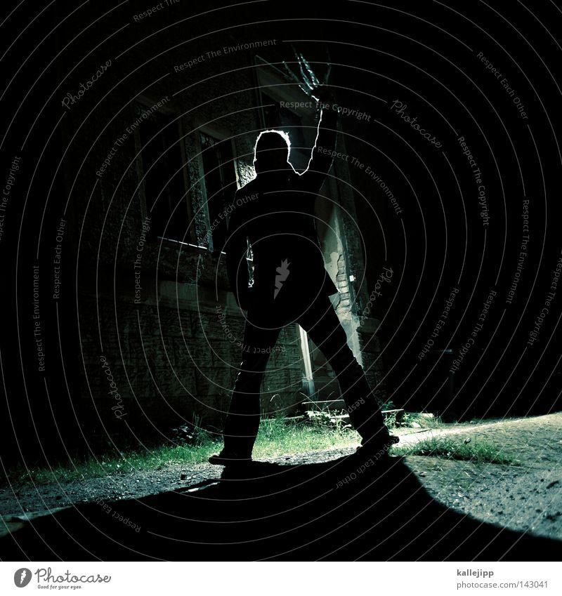 edward Mann Mensch untot Zombie Vampir Halloween Fledermäuse Hölle Nacht dunkel Gruß Finger Fingernagel lang Krallen Werwolf Hand Schere stachelig Spitze