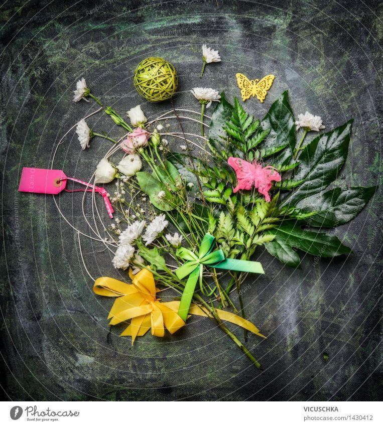 Blumenstrauß mit Dekoration und Grußkarte Stil Design Dekoration & Verzierung Feste & Feiern Valentinstag Muttertag Geburtstag Natur Pflanze Blühend gelb rosa