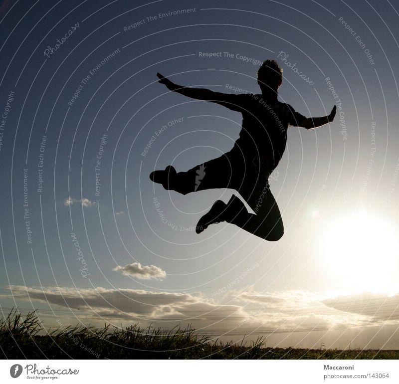 Federleicht Freude Körper Freiheit Tanzen Luftverkehr maskulin Jugendliche 1 Mensch 18-30 Jahre Erwachsene Himmel Wolken Gras fliegen lachen springen frei hoch