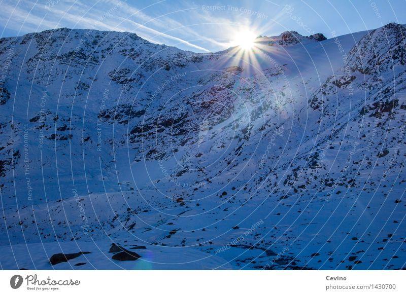 Hallo Welt! Ausflug Winterurlaub Berge u. Gebirge wandern Natur Landschaft Himmel Wolken Sonne Schönes Wetter Schnee Alpen außergewöhnlich ruhig Abenteuer