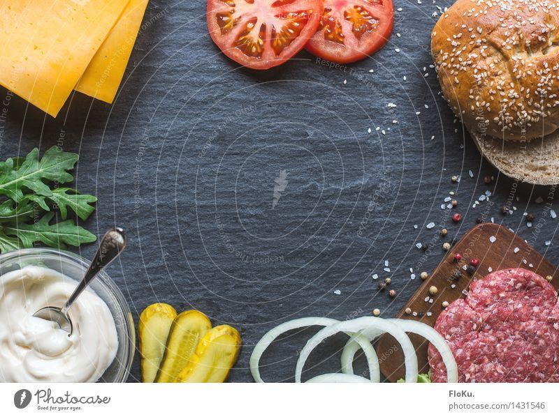 Wir bauen uns einen Burger blau grün rot gelb Lebensmittel frisch Ernährung Kräuter & Gewürze Küche Gemüse lecker Backwaren Fleisch Abendessen Teigwaren Tomate
