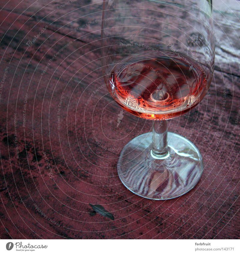 Saturosiertes Stillleben alt rot Sommer Ernährung Holz Kunst glänzend Glas Glas Tisch Lifestyle Getränk Ordnung trinken Wein