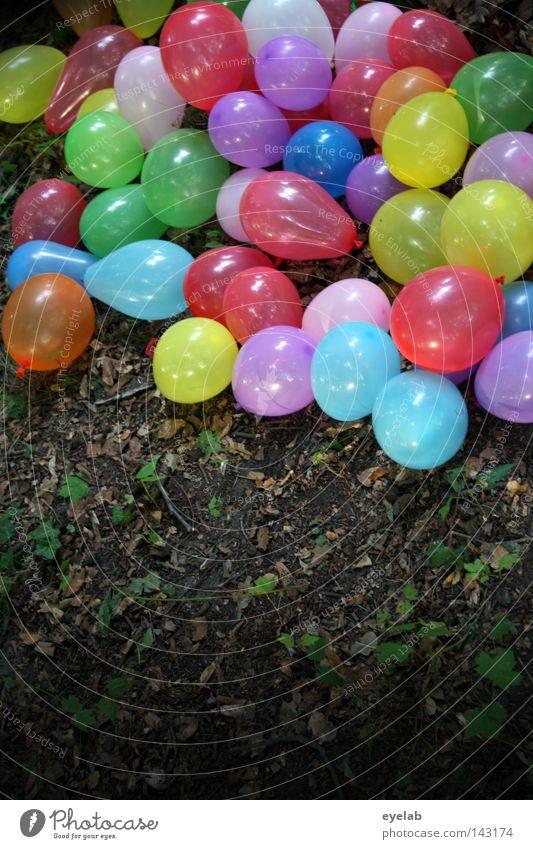 Bunte Gummi-Waldwanderung (2) blau grün rot Sommer Freude Blatt gelb Herbst Spielen Holz Garten Party lustig Luft Park Feste & Feiern