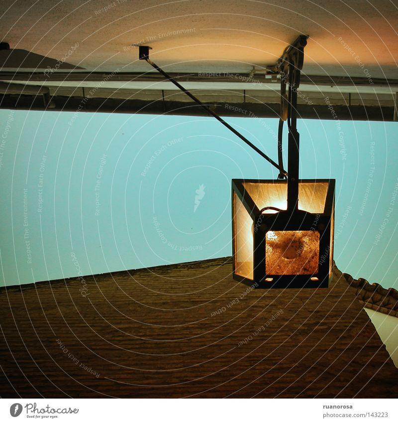 Amanece Himmel Sommer Haus Straße Lampe Wand Dach Laterne Straßenbeleuchtung Glühbirne Morgen
