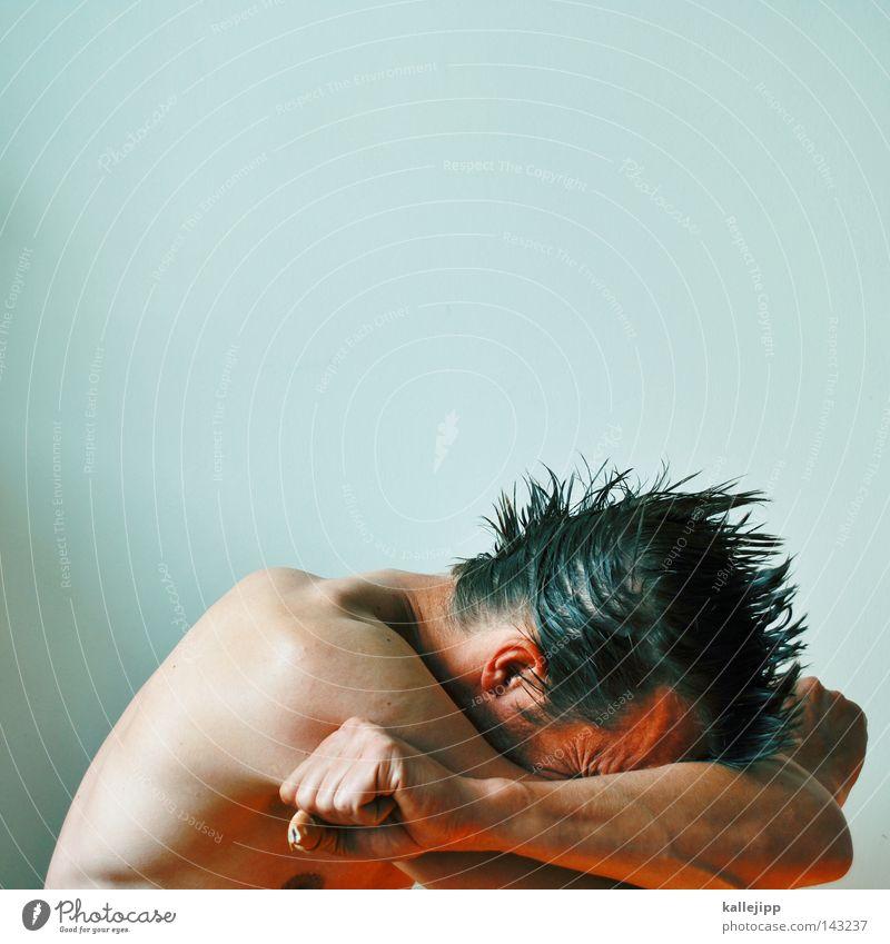 slow burn Mensch Mann weiß ruhig Erholung Tod feminin nackt Gefühle Haare & Frisuren Zufriedenheit gehen Angst Haut Mund maskulin