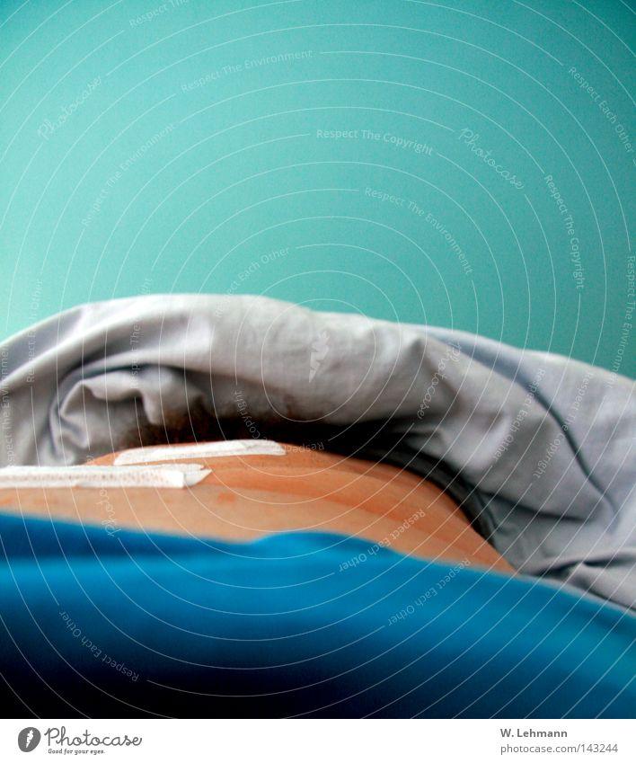 Brust:Bauch:Pflaster:Decke:Wand blau schön rot Farbe Streifen rund T-Shirt weich fantastisch Schmerz türkis durcheinander Langeweile Geruch