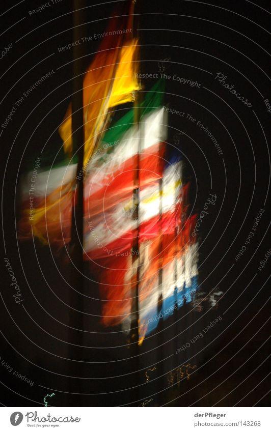 The wind of change? Wind Europa Fahne Sturm wehen international Farbenspiel Koblenz