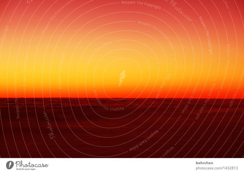 wie in einem traum Himmel Ferien & Urlaub & Reisen schön Sommer Erholung Wolken Ferne Berge u. Gebirge Frühling außergewöhnlich Freiheit Horizont orange träumen