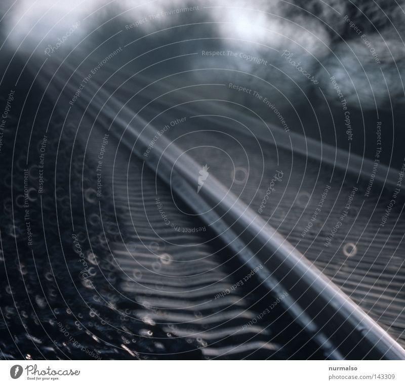 Bewegung Ferien & Urlaub & Reisen Wege & Pfade Metall Horizont glänzend Eisenbahn Industrie Metallwaren Sträucher Güterverkehr & Logistik Unendlichkeit