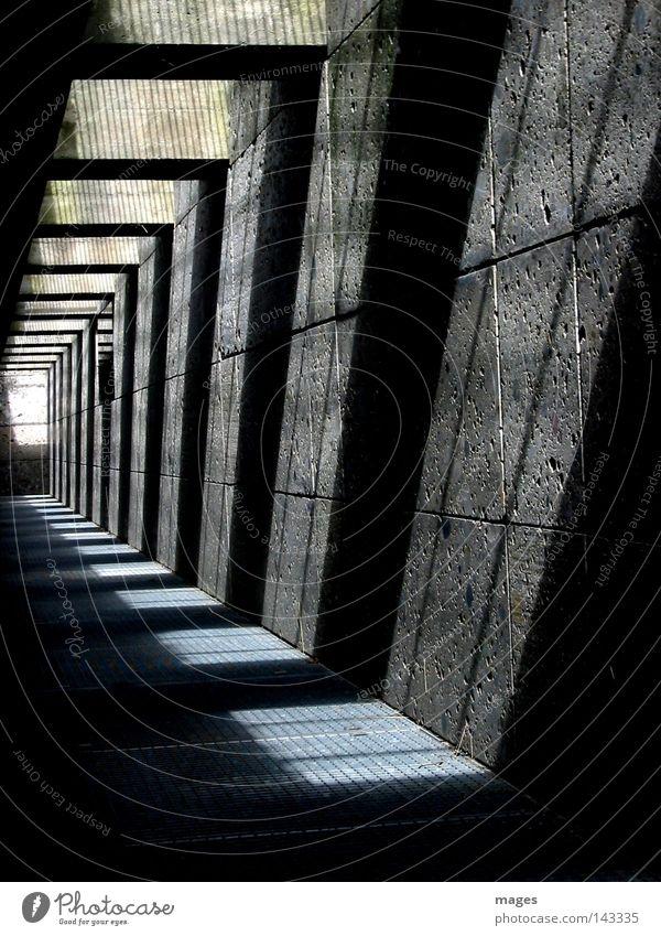 Durchgang Licht Schatten Gitter Raster Unterführung Tunnel Wege & Pfade Stein Beton unterirdisch modern