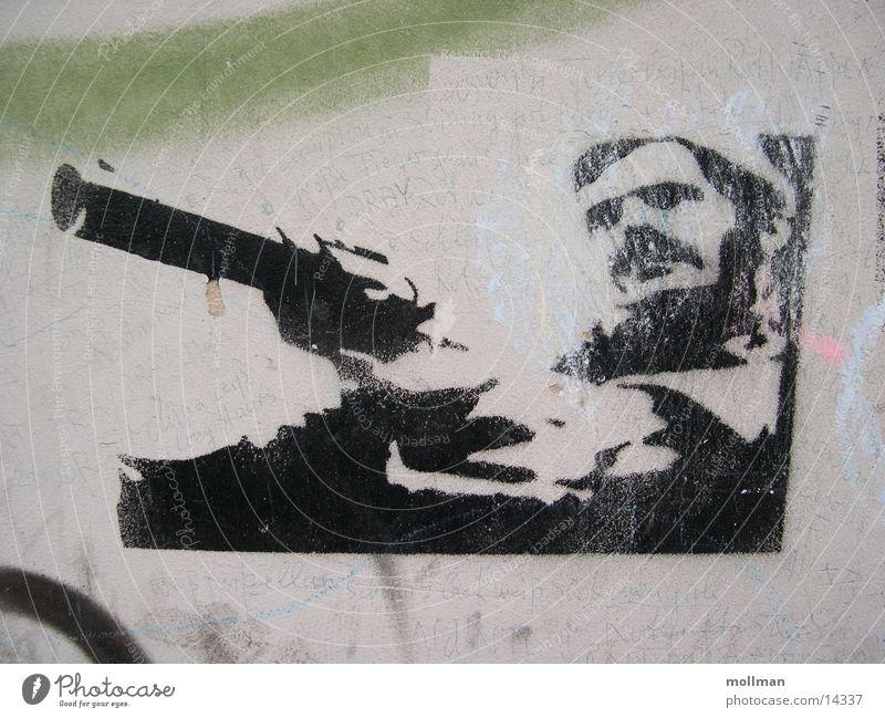 Stencil / Grafitti maskulin Erwachsene Filmindustrie Video Kraft Schablone Pistole Fototechnik Farbfoto Totale